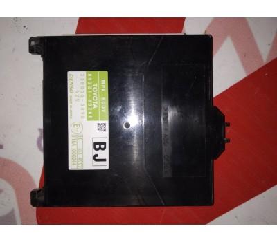 Блок предохранителей Toyota Land Cruiser 150 Disel (89221-60160)
