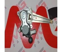 Механизм стеклоподъемника в сборе задний правый Toyota Land Cruiser 120 (85720-58010)