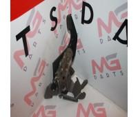 Ножной стояночный тормоз Lexus GX 460