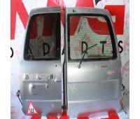 Дверь багажника Toyota Land Cruiser 105