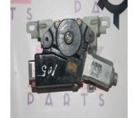 Моторчик люка Toyota Land Cruiser 105 (63260-60110)