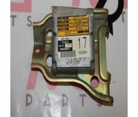 Блок управления Air Bag (17) Disel Toyota Land Cruiser 105 (89170-60220)
