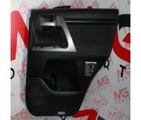 Обшивка двери (салон) RH; LH задняя Toyota Land Cruiser 150