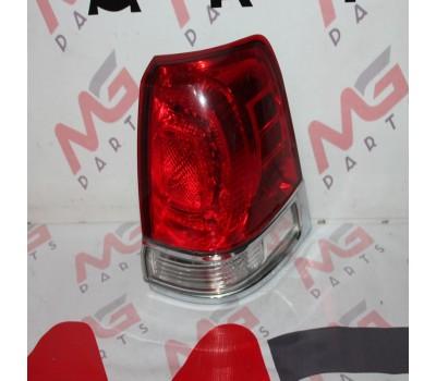 Фанарь RH Toyota Land Cruiser 200