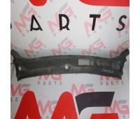 Планка под дворники Toyota FJ Cruiser (55708-35090)