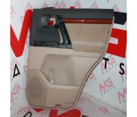 Обшивка двери (салон) RH задняя Toyota Land Cruiser 200