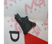 Защитная стойка Lexus LX 570 (82666-60720)