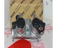 Блок клапанов продувки катализатора цельный новый Lexus LX 570 (25701-38064)