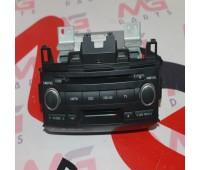 Штатная магнитола Toyota Land Cruiser 200 (86120-60F10)