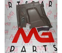 Обшивка багажника RH Lexus GX 460 (64730-60040)