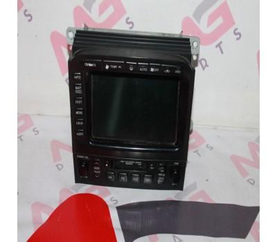 Магнитола Toyota Land Cruiser 100 (86111-60041)