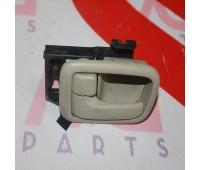 Внутренняя ручка двери передняя левая, задняя левая (рестайлинг) Toyota Land Cruiser 100