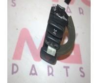Кнопка аварийного свечения Toyota Land Cruiser 100 (55912-60160)