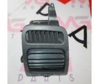Воздуховод (дефлектор) правый Toyota Land Cruiser 100 (55680-60020)